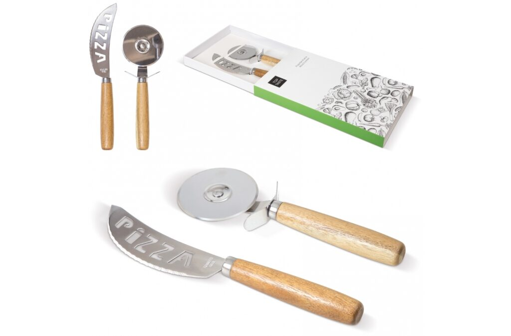 Handy set of a pizza slicer and knife to slice the pizza in no-time. The Acacia wooden grip gives it a luxurious look. Comes in a gift box.