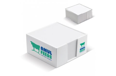 Handy cube box with white paper. Printing on the sides and printing on each sheet is also possible. Circa 320 wood-free sheets. Each cube is sealed.