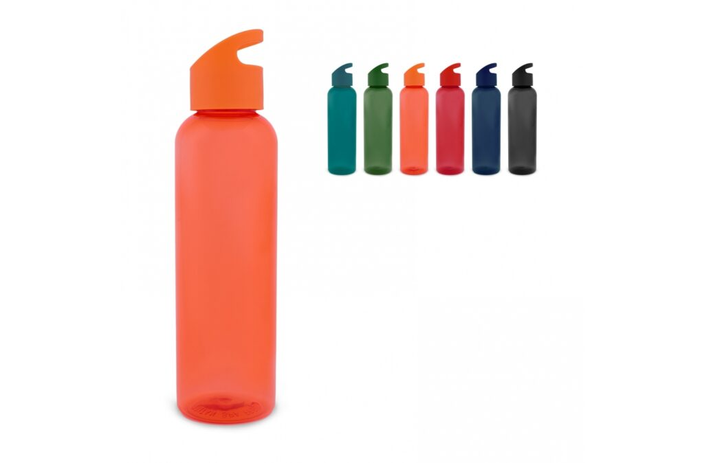 Single wall drinking bottle with the capacity of 600ml. Made of Tritan material. Suitable for cold non-carbonated drinks.