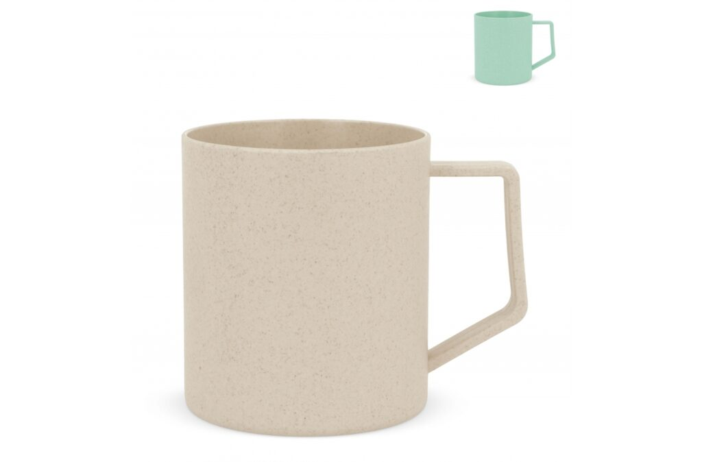 This bamboo fiber mug is suitable for drinking all kinds of beverages. Because of the mixed fibers it is an ecological product to help the environment and enjoying your perfect cup of drink at the same time. Not available in the Benelux, Sweden and Norway.