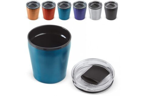 Coffee to-go mug that is ideal to take with you on-the-go. This model fits underneath every coffee machine and because it is a double walled mug, it keeps drinks well on temperature.