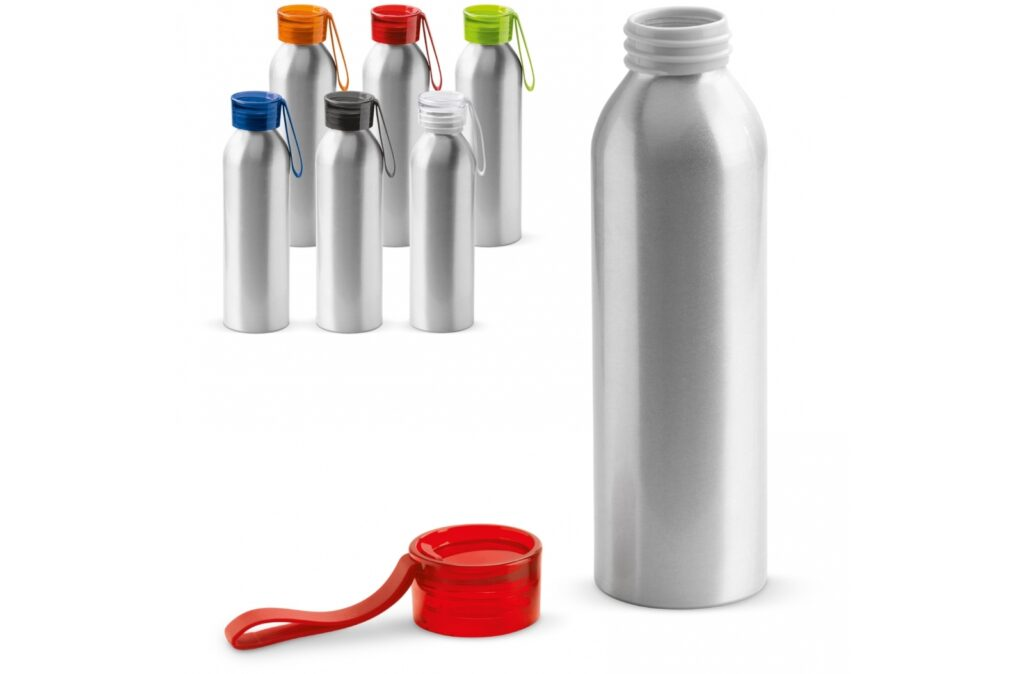 Aluminum single-walled drinking bottle with coloured cap. This bottle is equipped with a useful silicone strap so that it is easy to carry or can be attached to a bag, for example. The bottle is only suitable for cold, non carbonated drinks.