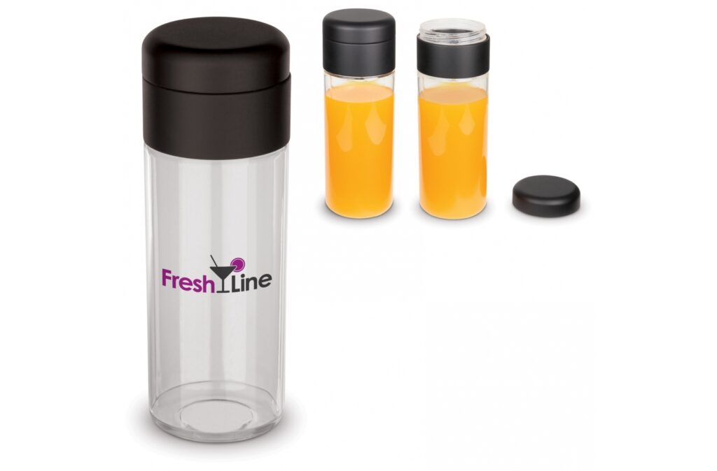 Drinking bottle made of tritan material from the Flow series. The bottle is 100% leak-free and BPA-free. Suitable for cold (non-carbonated) drinks.
