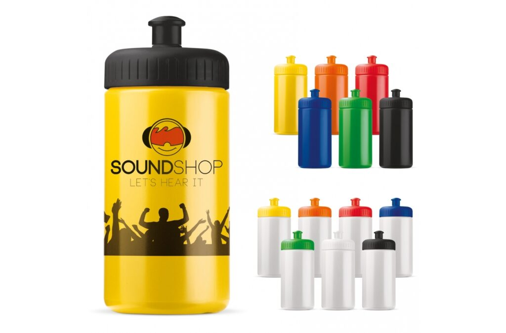 High quality sport bottle. Can be delivered in multiple colours. Mix & match until you have found the perfect colour combination between bottle and lid. The sport bottle is 100% leak-free, BPA-free and can be printed all-over.