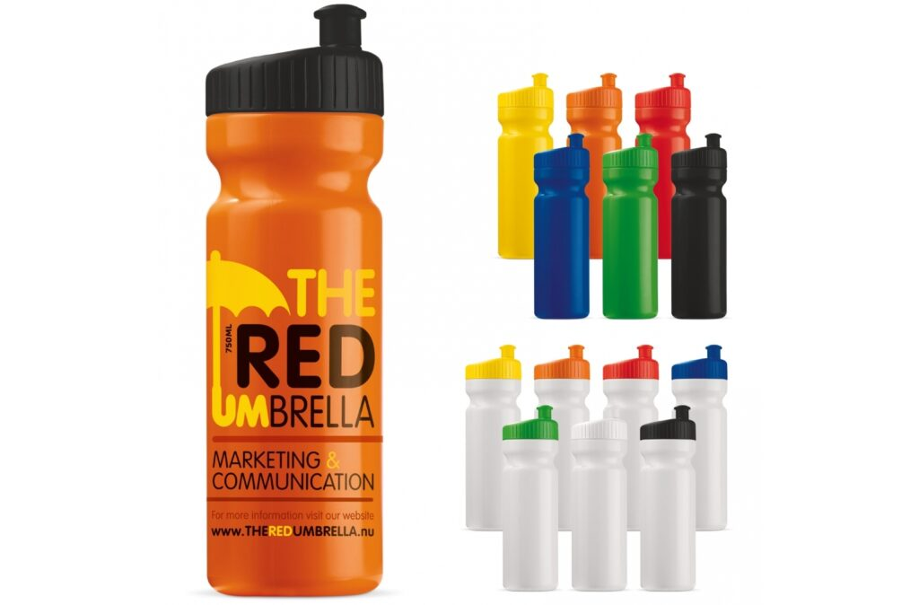 High quality 750ml sport bottle. Can be delivered in multiple colours. Mix & match until you have found the perfect colour combination between bottle and lid. The sport bottle has an ergonomically shaped lid that makes drinking even easier.