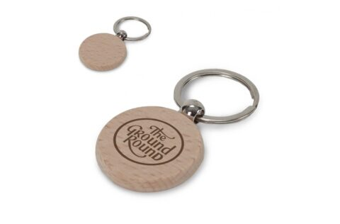 Key ring with wooden tag for a natural look